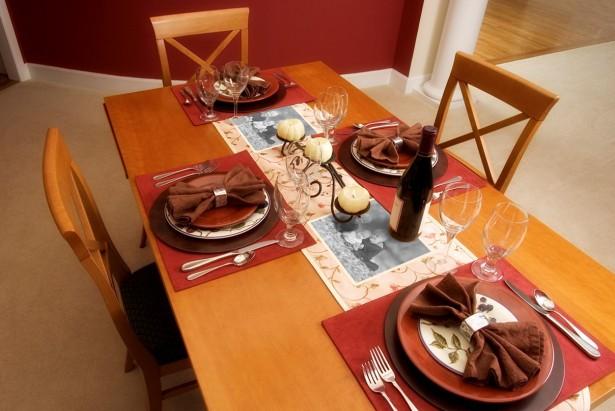 Thanksgiving Photo Table Runner