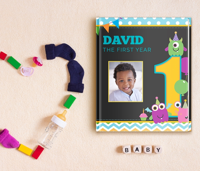 Babys 1st Year Photo Book